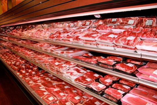 Specialiștii ruși inspectează fabricile de carne din Moldova