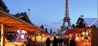 (VIDEO) La Paris au fost aprinse luminile de Crăciun