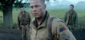 O jachetă a lui Brad Pitt a fost scoasă la licitaţie pe Internet. Actorul şi-a lăsat semnătura pe haină