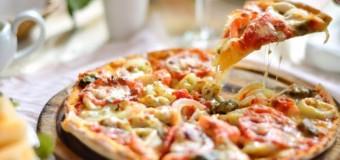 A apărut pizza Iohannis cu salam de Sibiu