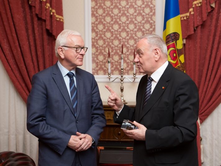 Hans-Gert Poettering: Republica Moldova are calea deschisă spre Uniunea Europeană