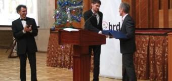 Foto// Un student moldovean la Harvard a obţinut Premiul Special al Prim-ministrului în exerciţiu, Iurie Leancă