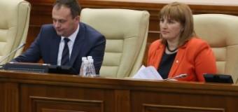Liliana Palihovici şi Vladimir Vitiuc au fost aleşi vicepreședinţi ai Parlamentului