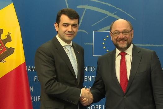 Martin Schulz: Apreciem pozitiv intenția noului Guvern de a urma vectorul european