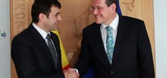 Diversificarea resurselor energetice şi integrarea ţării pe piaţa energetică a UE, discutate la Bruxelles de Chiril Gaburici