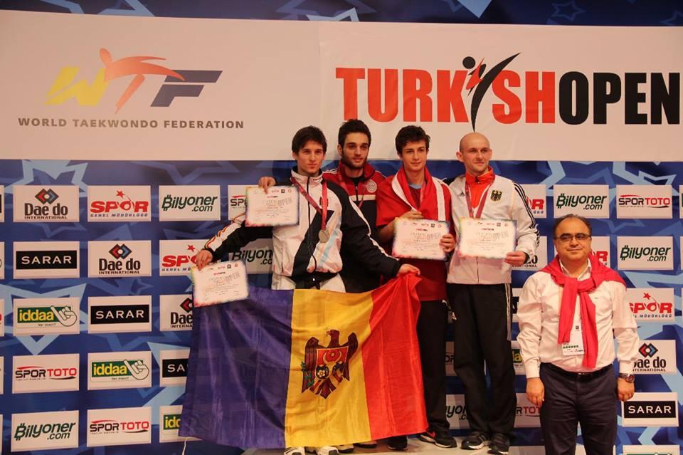 Medalii pentru sportivii moldoveni la Campionatul European de Taekwando