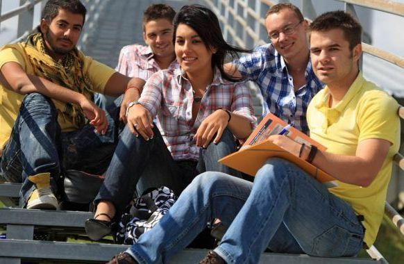 Bulgaria oferă 5 burse de studii superioare pentru cetăţenii RM