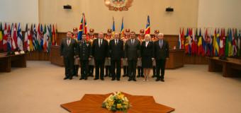 Noul ministru al Apărării – prezentat ofițerilor și angajaților instituției (foto)