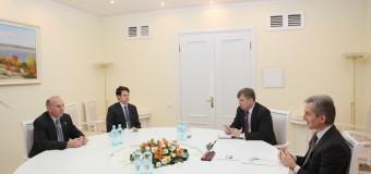 Ambasadorul SUA a reiterat angajamentul ferm al ţării sale pentru sprijinirea transformărilor democratice în RM