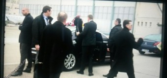 VIDEO. Incident cu Iohannis pe aeroportul din Paris