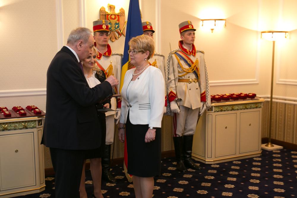 Medaliile au curs gârlă la Reședința de Stat. Ei s-au ales cu distincții!