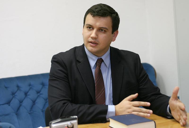 Eugen Tomac a depus în Parlamentul României proiectele de lege privind votul prin corespondenţă