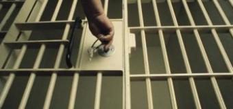 Condamnat la închisoare pentru că a atacat un poliţist
