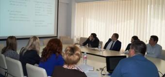 Ghidul ce ajută operatorii din sectorul alimentar să identifice produsele periculoase a fost prezentat