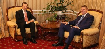 Vlad Filat la felicitat pe Klaus Iohannis cu ocazia zilei de naştere