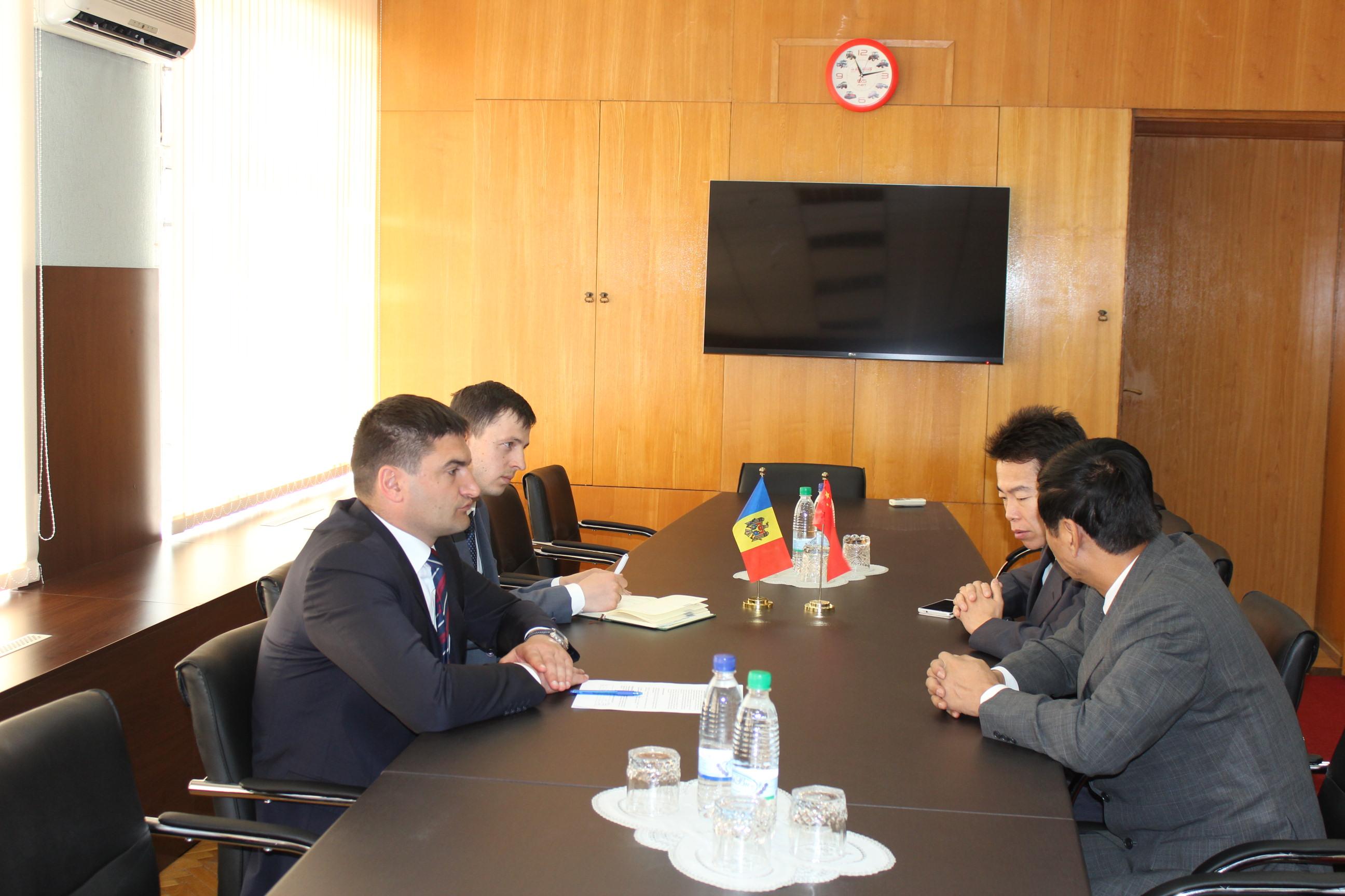 Ambasadorul Republicii Populare Chineze: Moldova este aşteptată pe piaţa chineză cu produsele ei de calitate