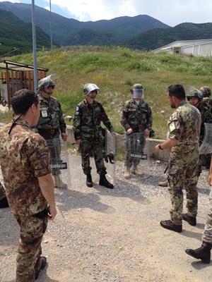 Cel de-al treilea contingent al Armatei Naţionale în Kosovo au început executarea misiunilor specifice