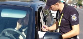 Peste 1000 de șoferi prinşi la volan fără permis de conducere