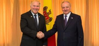 Președintele Timofti a avut o întrevedere cu congresmanul american Steve Chabot