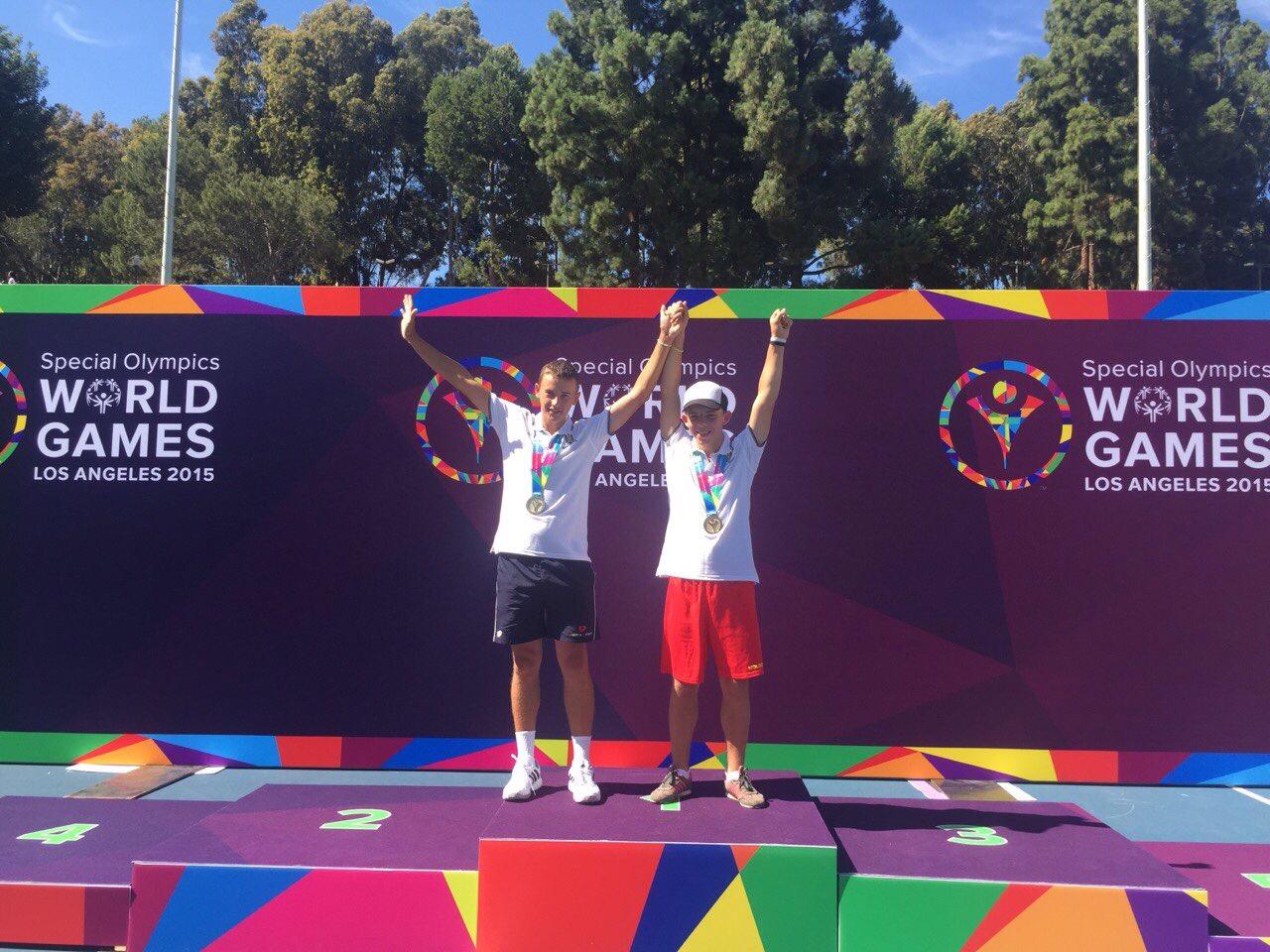 Două medalii de aur la tenis pentru RM la Jocurile Mondiale Special Olympics