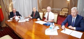 Timofti a semnat decretele de numire în funcție a 14 magistrați