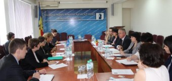 Raportoarea Specială ONU, în vizită la Ministerul Muncii, Protecţiei Sociale şi Familiei