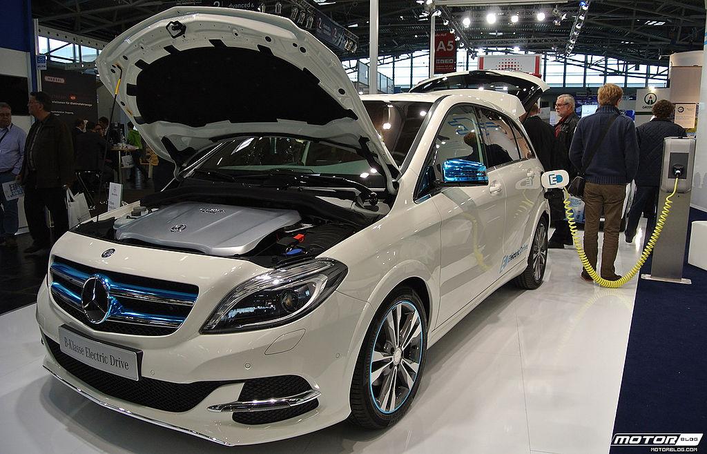 Dorința Ministerului Transporturilor: Cetățenii RM se fie încurajați să procure automobile ecologice pure