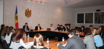 Un grup de lucru va monitoriza implementarea Strategiei Naţionale de dezvoltare a Sectorului de Tineret 2020