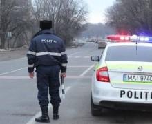 Accident rutier cu implicarea unei mașini a Poliției. O minoră – tamponată