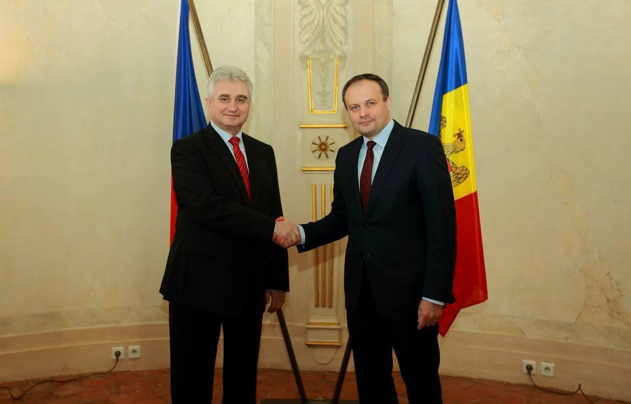 Candu, la Praga: Republica Moldova este interesată de sporirea investițiilor ceheîn economia națională