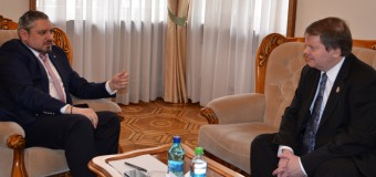 Ministrul Galbur și Ambasadorul Ungariei, la discuții