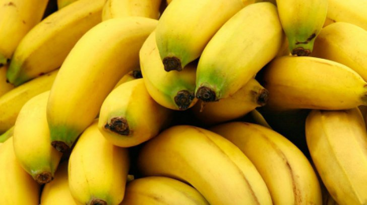 O femeie a mâncat numai banane, timp de un an. Cum arată acum