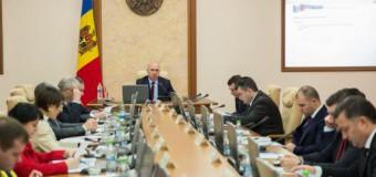 Premierul a cerut instituţiilor responsabile să facă eforturi pentru lichidarea restanţelor în implementarea Acordului de Asociere