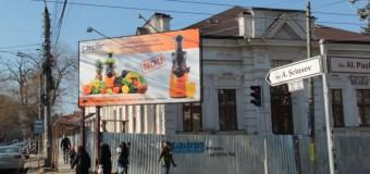 (Investigaţie) Interesele ascunse din spatele războiului declanșat de primarul Chirtoacă împotriva panourilor publicitare din Chișinău