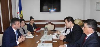 Ministrul Botnari: Bibliotecile publice se transformă în centre comunitare