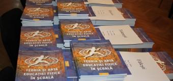 """Mii de exemplare ale revistei ştiinţifico-metodice """"Teoria şi arta educaţiei fizice în şcoală"""", oferite gratis de MTS"""