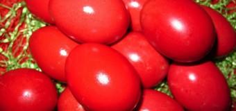 Cât timp poţi ţine ouăle roşii în frigider
