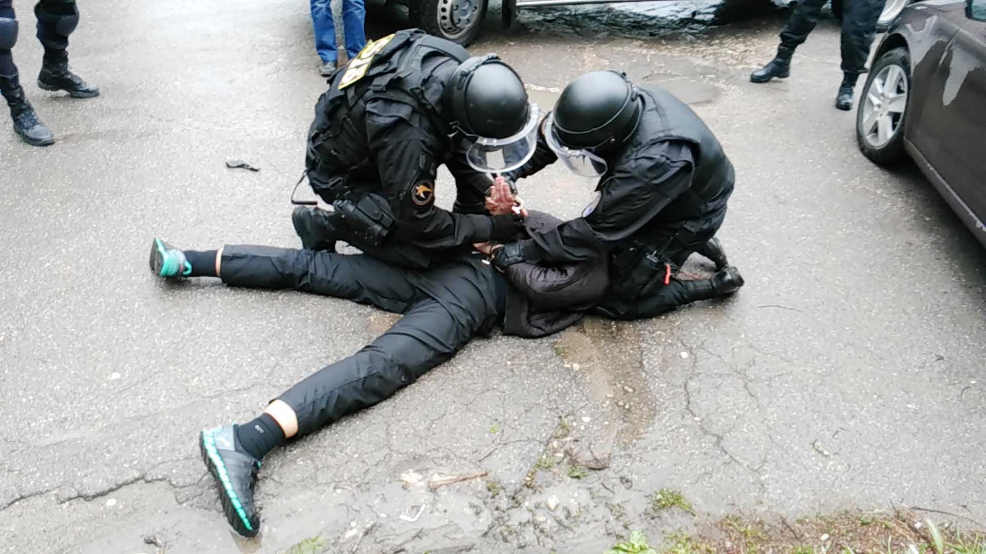 ФСБ задержала в Петербурге трех иностранцев с 60 кг кокаина