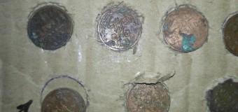 Scrisori! Vameșii au depistat monede și bancnote sovetice camuflate