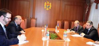 James Pettit a reiterat disponibilitatea ţării sale de a susţine agenda internă de reforme a RM