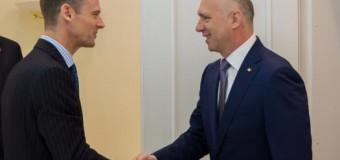 Detalii de la întrevederea lui Pavel Filip cu Ambasadorul Marii Britanii