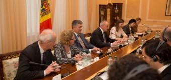Premierul francez intenționează să vină în Republica Moldova