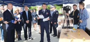 Centrul tehnico-criminalistic şi expertiză judiciară al IGP a primit opt laboratoare criminalistice mobile performante