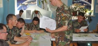 Militarii Armatei Naţionale instruiţi în topografie şi geodezie (video)