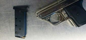 A vrut să se urce în avion cu un pistol încărcat cu cartușe! Cazul a fost înregistrat pe Aeroportul din Chișinău