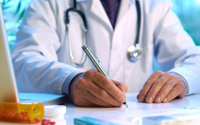 1590  cazuri de infectare în rândul angajaţilor sistemului de sănătate