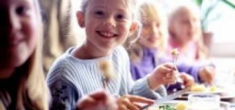 Din 1 septembrie, copiii din toate şcolile şi grădiniţele din ţară vor avea meniuri noi