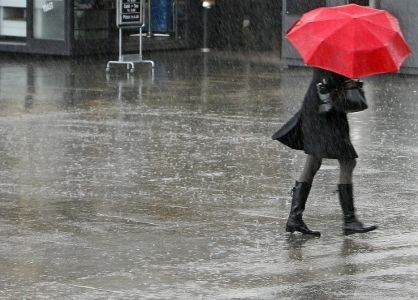 În R. Moldova a fost anunţat Cod Galben de precipitaţii puternice