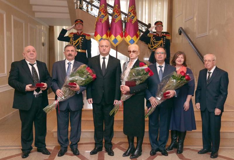 """Ordinul  """"Bogdan  Întemeietorul"""", acordat de Președintele RM, pentru cinci personalități notorii (foto)"""
