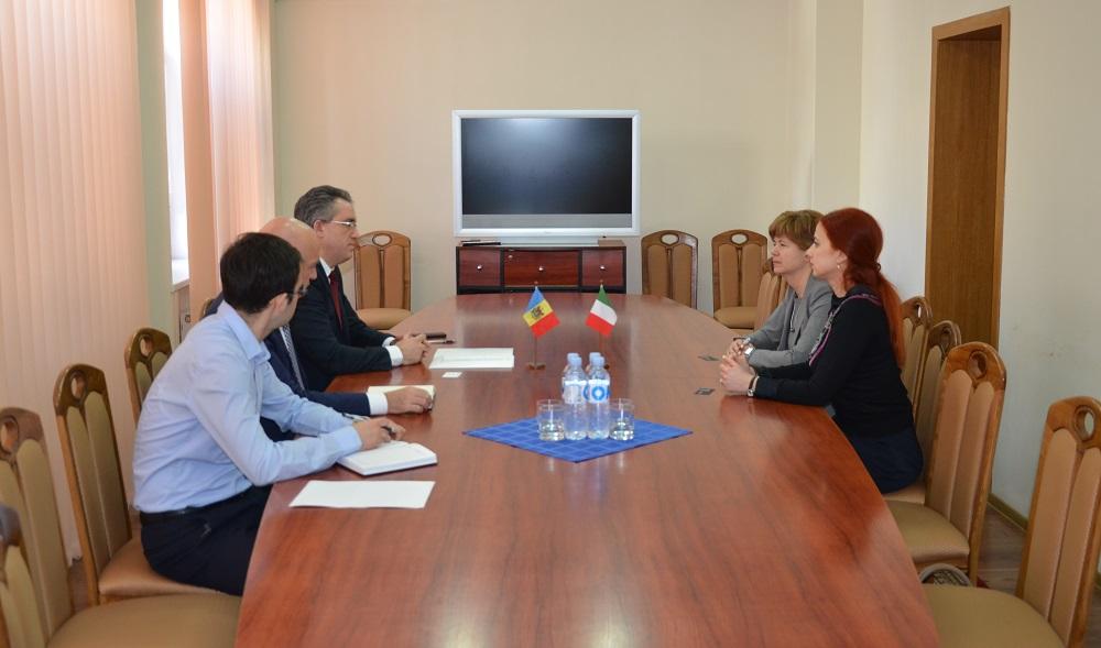 Prima întrevedere a directorului Serviciului Vamal cu noul Ambasador al Italiei în R.Moldova